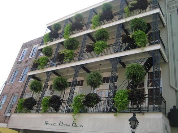 Bienville House Hotel French Quarter exterior photo