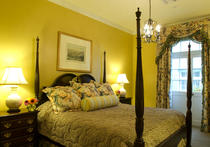Bienville House Hotel French Quarter Deluxe Room With King Size Bed