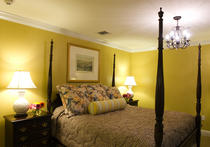 Bienville House Hotel French Quarter Standard Room With King Size Bed