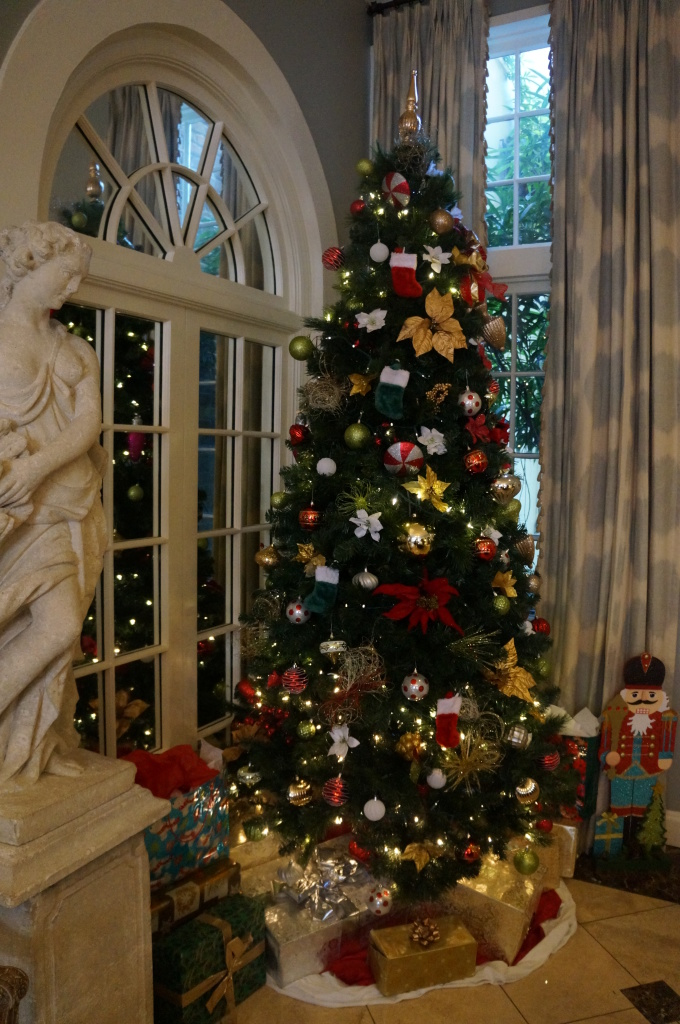 bienville house-christmas